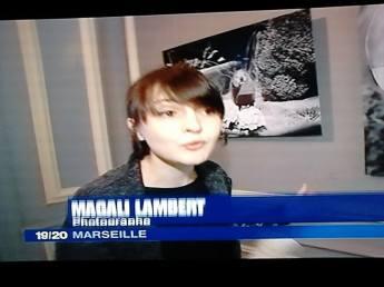 Journal télévisé de France 3 à propos de l'exposition Maison Blanche à Marseille.