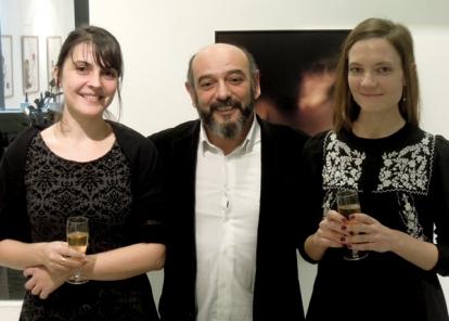 Vernissage de l'exposition. 16 novembre 2013. Avec le galeriste Jean-Yves Mesguich et la commissaire Clotilde Scordia